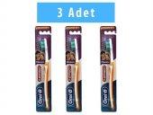 Oral B 3 Effect Classic 40 Orta Diş Fırçası (3 Adet)