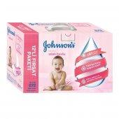 Johnsons Baby Parfümlü Islak Mendil 12li Paket