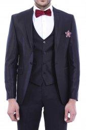 Sivri Yaka Yelekli Siyah Damatlık Takım Elbise