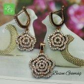 Besen Gümüş Çiçek Figürlü Taşlı Set