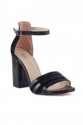 Draco Siyah Cilt Topuklu Bayan Ayakkabı
