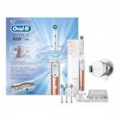 Oral B Genius 9000 Rose Gold Şarjlı Diş Fırçası