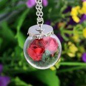 Kırmızı Yapay Gül Çiçekli Kolye
