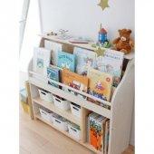 Iris Lake Montessori Kitaplık