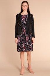 Lucia Çiçek Baskılı Piliseli Şifon Siyah Elbise