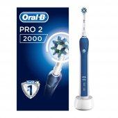 Oral B Pro 2 2000 Cross Action Şarj Edilebilir Diş Fırçası