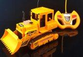 3368 3 Kumandalı Küçük Buldozer Kepçe İş Makinesi...