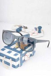 Clariss Marka İndigo Renk Çerçeveli Güneş Gözlüğü