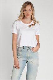 Dory Çiçek Nakışlı 100 Pamuk Beyaz Tişört 160325 1