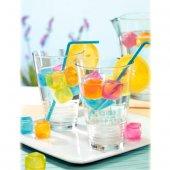 Serinletici Ve Rengarenk Buz Küpleri