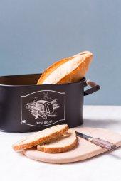 Siyah Rengi Kesme Tahtalı Ekmeklik